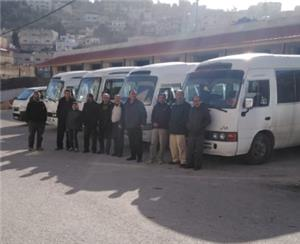 اضراب حافلات في عجلون احتجاجاً على عمل الخصوصي