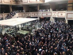 وقفة احتجاجية للمحامين في قصر العدل