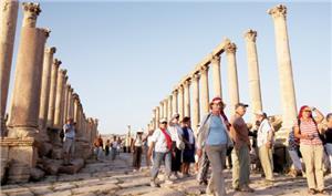 المرصد العمّالي: 1229 دليلاً سياحياً يواجهون الفقر الحتمي