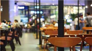 نقيب أصحاب المطاعم يطالب بشمول العمالة الوافدة ببرنامج